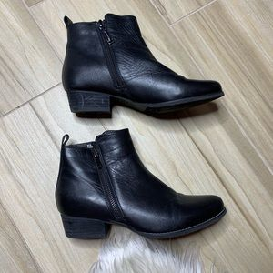 Blondo Lynne Waterproof Ankle Bootie Size 7.5